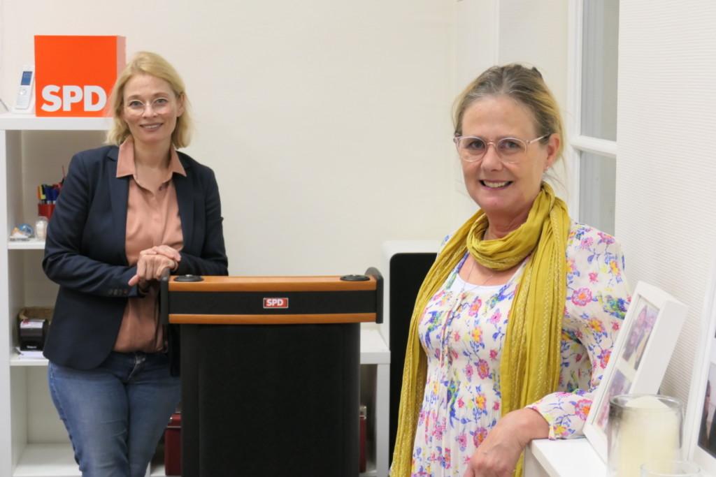 Peggy Schierenbeck, Luzia Moldenhauer