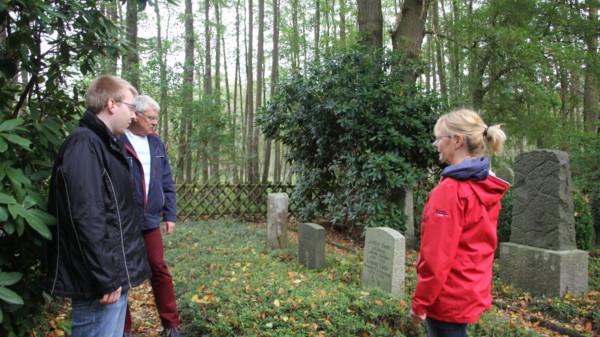 2017 Besuch auf dem Jüdischen und Soldatenfriedhof